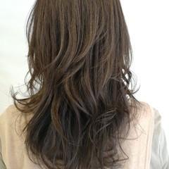 ロング ナチュラル 大人ハイライト ハイライト ヘアスタイルや髪型の写真・画像