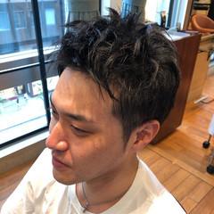 黒髪 ナチュラル ツーブロック メンズヘア ヘアスタイルや髪型の写真・画像