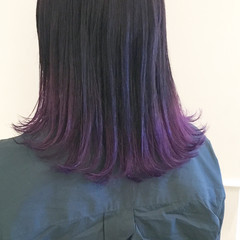 パープル グラデーションカラー ストリート ミディアム ヘアスタイルや髪型の写真・画像