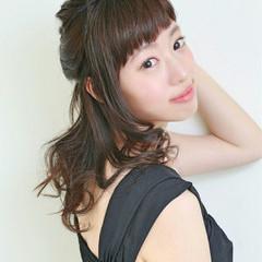セミロング ピュア フェミニン 大人かわいい ヘアスタイルや髪型の写真・画像
