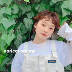 ショート アプリコットオレンジ ストリート ダブルカラー ヘアスタイルや髪型の写真・画像