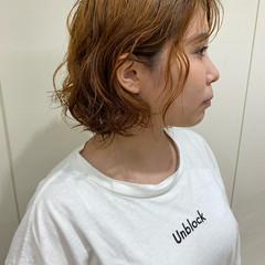 無造作パーマ ミディアム ゆるふわパーマ ナチュラル ヘアスタイルや髪型の写真・画像