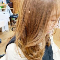 巻き髪 フェミニン ヘアカラー 大人かわいい ヘアスタイルや髪型の写真・画像