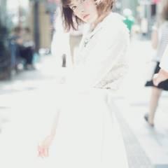シースルーバング 大人かわいい ストリート フェミニン ヘアスタイルや髪型の写真・画像