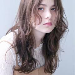 ミディアム 外国人風カラー パーマ 外国人風 ヘアスタイルや髪型の写真・画像