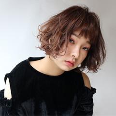 ストリート 外国人風 ニュアンス パーマ ヘアスタイルや髪型の写真・画像