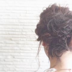 ナチュラル 編み込み ヘアアレンジ ゆるふわ ヘアスタイルや髪型の写真・画像