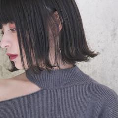 外国人風 ボブ 切りっぱなしボブ ナチュラル ヘアスタイルや髪型の写真・画像