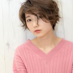 リラックス フェミニン 外ハネ 小顔 ヘアスタイルや髪型の写真・画像