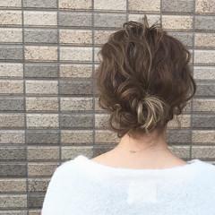 ショート フェミニン 簡単ヘアアレンジ グラデーションカラー ヘアスタイルや髪型の写真・画像
