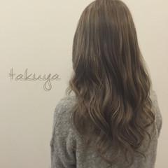 グレージュ ロング 渋谷系 ガーリー ヘアスタイルや髪型の写真・画像