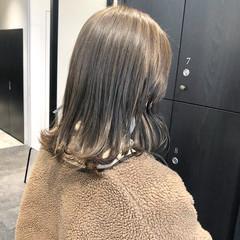 ナチュラル ミディアム ショートヘア 切りっぱなしボブ ヘアスタイルや髪型の写真・画像