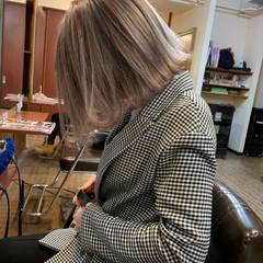ボブ ブリーチカラー フェミニン 結婚式 ヘアスタイルや髪型の写真・画像
