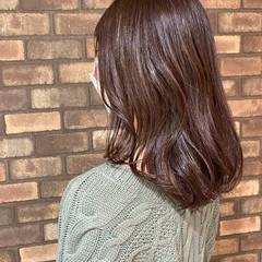 ラベンダーアッシュ 透明感 ナチュラル イルミナカラー ヘアスタイルや髪型の写真・画像