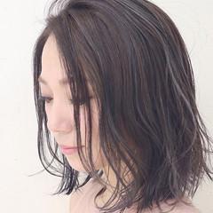 アッシュ ボブ ブルージュ インナーカラー ヘアスタイルや髪型の写真・画像