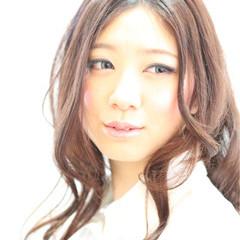 ロング グラデーションカラー ナチュラル フェミニン ヘアスタイルや髪型の写真・画像