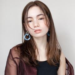 インナーカラー ブリーチ ストリート ミディアム ヘアスタイルや髪型の写真・画像