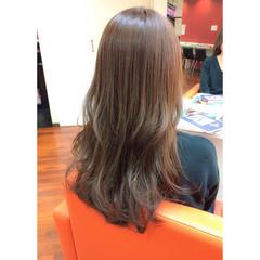 大人かわいい ガーリー ロング アッシュ ヘアスタイルや髪型の写真・画像