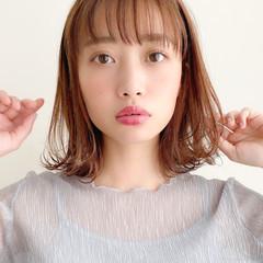 小顔 大人かわいい アンニュイほつれヘア ミディアム ヘアスタイルや髪型の写真・画像