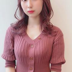 ラベンダーピンク ブリーチなし ピンクベージュ ピンクアッシュ ヘアスタイルや髪型の写真・画像