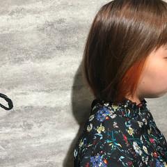 デート インナーカラー ショート ハイライト ヘアスタイルや髪型の写真・画像