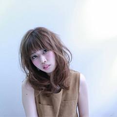 フェミニン ミディアム ヘアアレンジ 大人かわいい ヘアスタイルや髪型の写真・画像