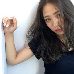 アッシュ 暗髪 外国人風 大人かわいい ヘアスタイルや髪型の写真・画像