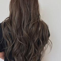 巻き髪 ロング エレガント グラデーションカラー ヘアスタイルや髪型の写真・画像
