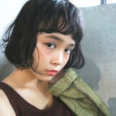 大人かわいい ショート 黒髪 外国人風 ヘアスタイルや髪型の写真・画像