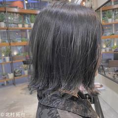 ブルージュ グレージュ 透明感カラー ブリーチオンカラー ヘアスタイルや髪型の写真・画像