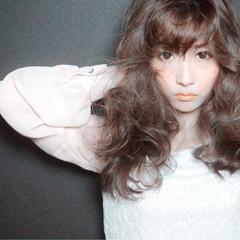 ロング ブラウン 前髪あり 外国人風 ヘアスタイルや髪型の写真・画像