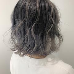 ホワイト グラデーションカラー ガーリー バレイヤージュ ヘアスタイルや髪型の写真・画像