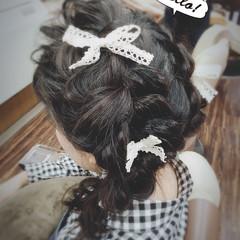 ガーリー ヘアアクセ ヘアアレンジ 編み込み ヘアスタイルや髪型の写真・画像