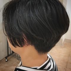 ストリート ボブ 刈り上げ女子 オフィス ヘアスタイルや髪型の写真・画像