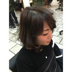 ゆるふわ フェミニン ボブ グレージュ ヘアスタイルや髪型の写真・画像