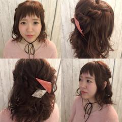 ねじり ショート ハーフアップ バレッタ ヘアスタイルや髪型の写真・画像