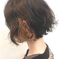 インナーカラー ショートヘア モード ボブ ヘアスタイルや髪型の写真・画像