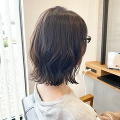レイヤーボブ ナチュラル ボブ レイヤースタイル ヘアスタイルや髪型の写真・画像
