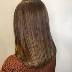 髪質改善カラー 艶髪 髪質改善トリートメント ナチュラル ヘアスタイルや髪型の写真・画像