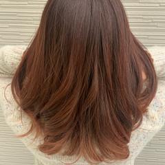切りっぱなしボブ セミロング インナーカラー ガーリー ヘアスタイルや髪型の写真・画像
