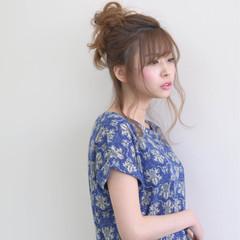 大人かわいい リラックス ミディアム アップスタイル ヘアスタイルや髪型の写真・画像