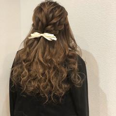 ロング ガーリー 編み込み ハーフアップ ヘアスタイルや髪型の写真・画像