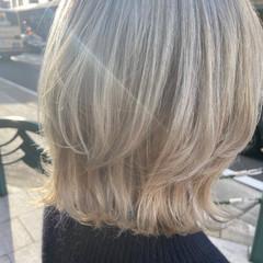 ブリーチ ブリーチカラー ミディアム インナーカラー ヘアスタイルや髪型の写真・画像