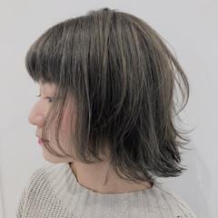 ボブ アッシュ ブリーチ ナチュラル ヘアスタイルや髪型の写真・画像