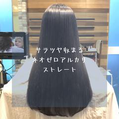セミロング ナチュラル ストレート 前髪 ヘアスタイルや髪型の写真・画像
