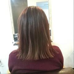 大人女子 艶髪 ナチュラル 切りっぱなし ヘアスタイルや髪型の写真・画像