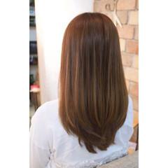 ミルクティー 大人女子 ミディアム オフィス ヘアスタイルや髪型の写真・画像
