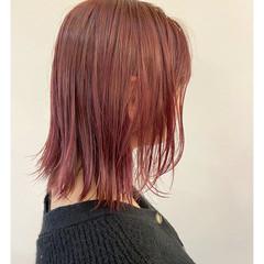 圧倒的透明感 ミディアム ウルフカット ブリーチ必須 ヘアスタイルや髪型の写真・画像