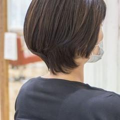 前下がりボブ ショートヘア ショートボブ 大人かわいい ヘアスタイルや髪型の写真・画像