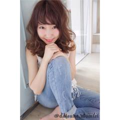 大人かわいい ゆるふわ グラデーションカラー ミディアム ヘアスタイルや髪型の写真・画像